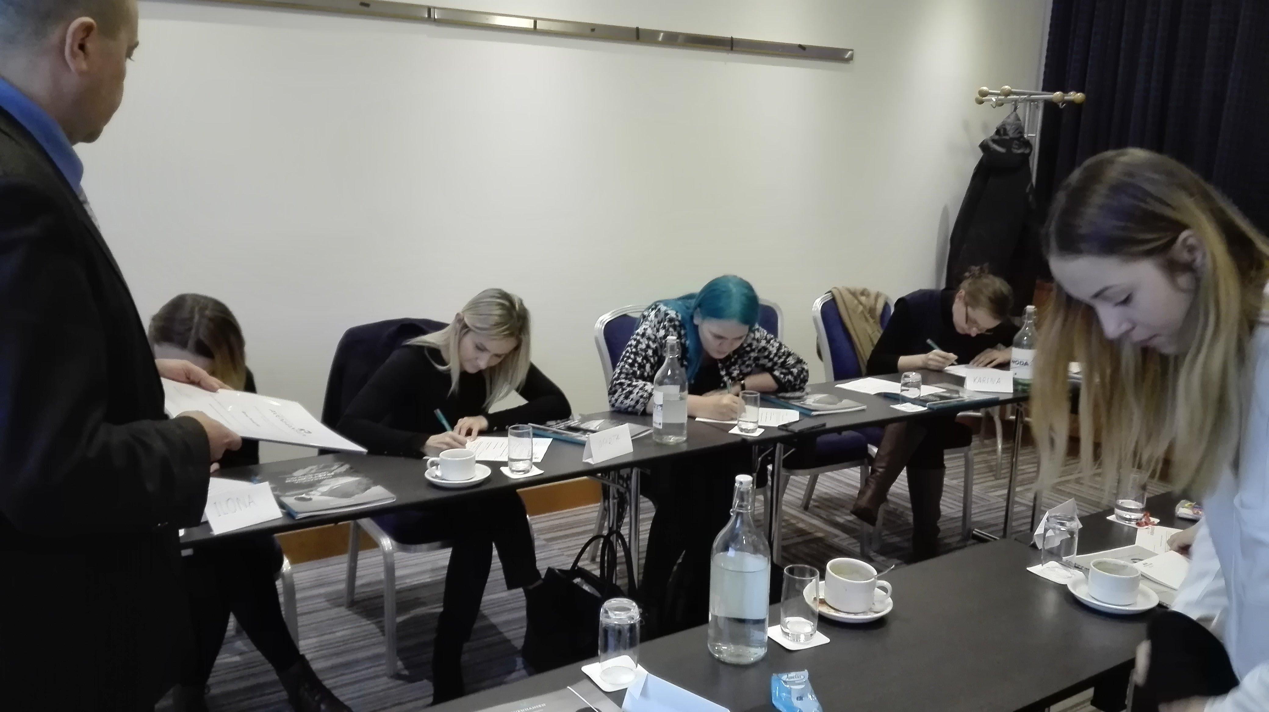 Fundacja AVENHANSEN Szkolenie 20 11 29 08